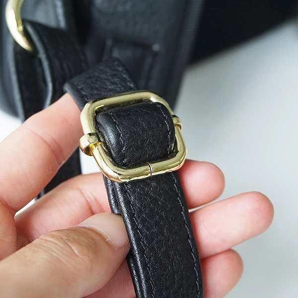HushTugスクエアリュックのベルト調整の金具